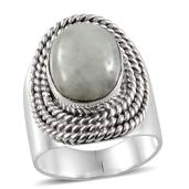 Artisan Crafted Natural Green Jade Sterling Silver Ring (Size 7.0) TGW 10.000 cts.