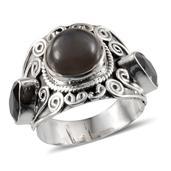 Artisan Crafted Sri Lankan Titanium Moonstone, Black Onyx Sterling Silver Ring (Size 7.0) TGW 4.68 cts.