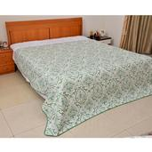 Home Textiles White and Green Floral Pattern 100% Polyester Microfiber Quilt (86x86 in)