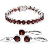 Nitin's Knockdown Deals Mozambique Garnet Platinum Over Sterling Silver Bracelet (6.50 In), Lever Back Earrings and Pendant With Chain (20.00 In) Total Gem Stone Weight 29.38 Carat