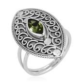 Bali Legacy Collection Hebei Peridot Sterling Silver Elongated Split Ring (Size 8.0) TGW 1.00 cts.