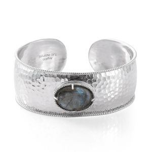 Inspire by Liz Fuller, Peace Collection Infinity Malagasy Labradorite 935 Argentium Sterling Silver Cuff (7.50 in) TGW 19.00 cts.