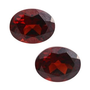Mozambique Garnet Set of 2 (Ovl 9x7 mm) TGW 4.10 cts.