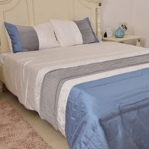 Gray Microfiber Comforter with Set of 2 Pillow Shams (Full-Queen)