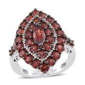 Mozambique Garnet Platinum Over Sterling Silver Elongated Ring (Size 7.0) TGW 5.74 cts.