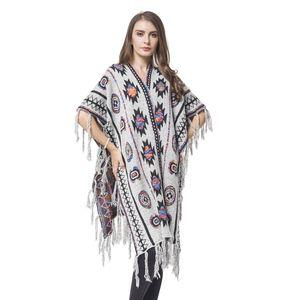 White Santa Fe Pattern Blanket Wrap