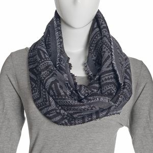 Silver, Black, and Baby Blue Acrylic Viscose Lurex Blend Geometric Infinity Scarf (36x22 in)