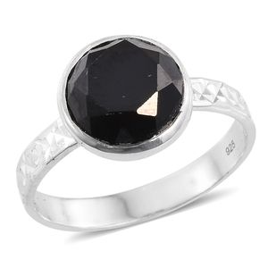 Thai Black Spinel Sterling Silver Solitaire Ring (Size 8.0) TGW 4.50 cts.