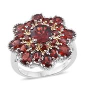 Mozambique Garnet 14K YG and Platinum Over Sterling Silver Flower Ring (Size 7.0) TGW 8.60 cts.