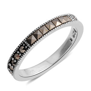 Swiss Marcasite Sterling Silver Band Ring (Size 6.5) TGW 0.25 cts.