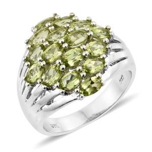 Hebei Peridot Platinum Over Sterling Silver Cluster Ring (Size 7.0) TGW 4.18 cts.