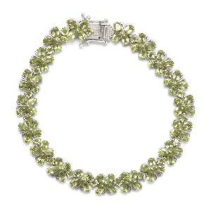 TLV Hebei Peridot Platinum Over Sterling Silver Bracelet (8.00 In) TGW 18.12 cts.