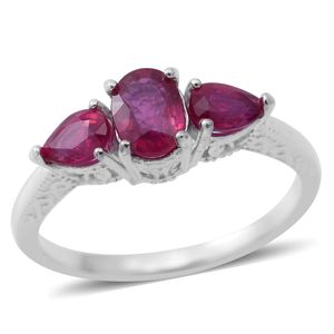 Niassa Ruby Sterling Silver 3 Stone Ring (Size 7.0) TGW 2.40 cts.