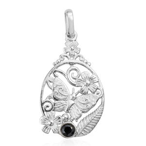 Artisan Crafted Thai Black Spinel Sterling Silver Pendant without Chain TGW 0.34 cts.