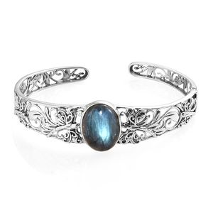 Artisan Crafted Malagasy Labradorite Sterling Silver Cuff (8 in) TGW 20.00 cts.